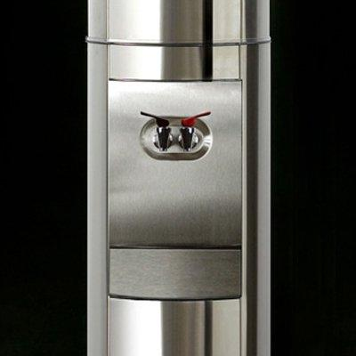 Triple S2 Free-Standing and Finish: Stainless Steel