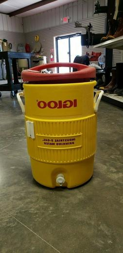 Igloo Water Cooler 5 Gallon Yellow with Drip Resistant Push